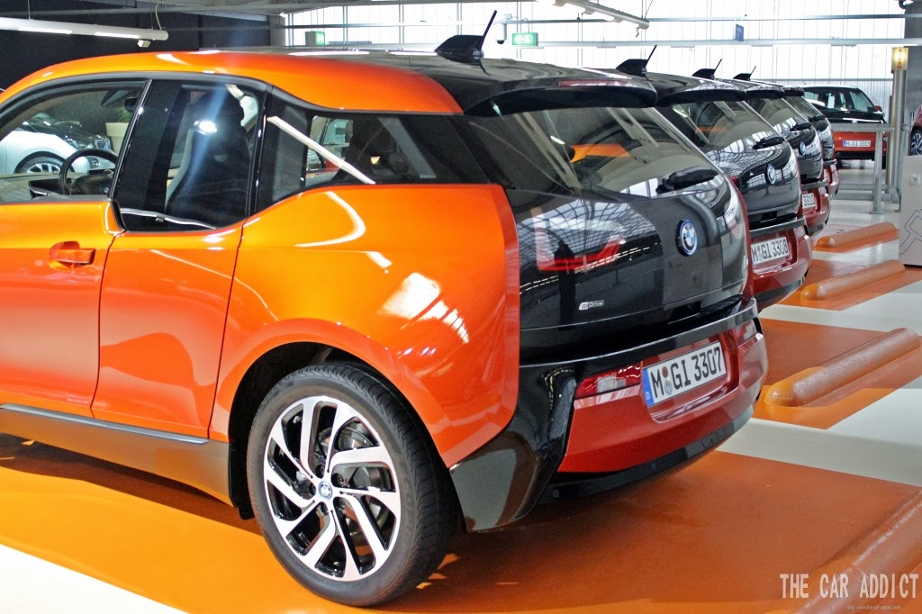 BMW i3 Rear and 19 inch rims