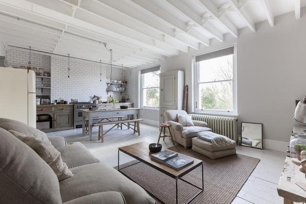 un espacio que evoca un delicado shabby chic style