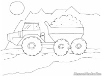 Mobil Dump Truck Membawa Batu Bara