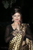 Anchor Shila Chakravarthy latest black saree Photos-thumbnail-6