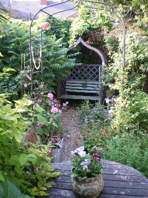 Lykke i jordbærveien 4: hage inspirasjon