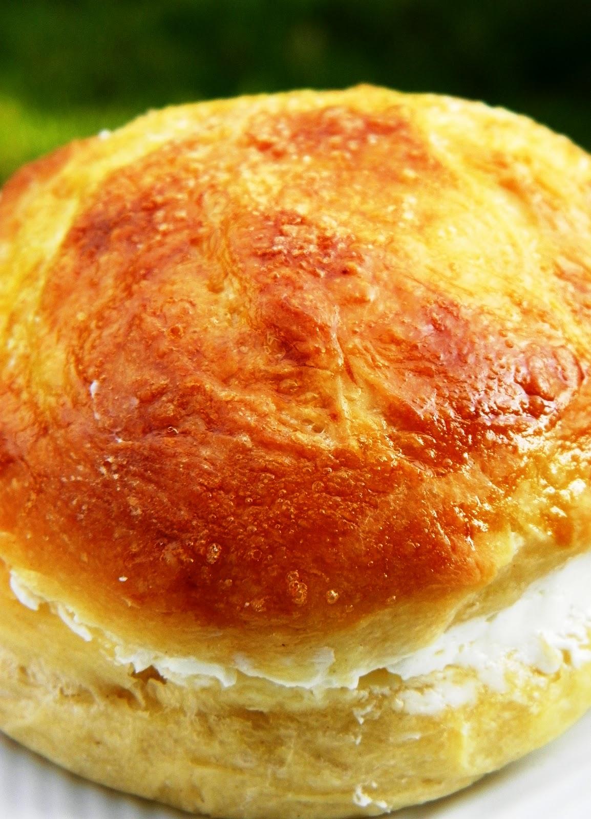 La cuchara de la baluga bollos de mantequilla for Cuchillo de untar mantequilla