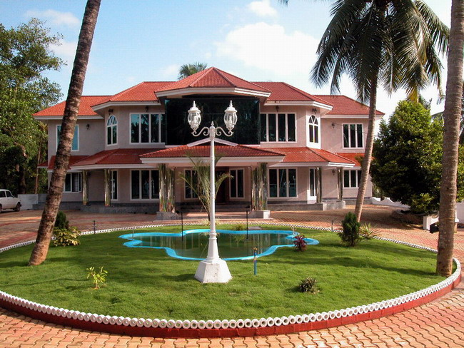 Beautiful homes of kerala prime home design beautiful for Beautiful houses pictures in kerala