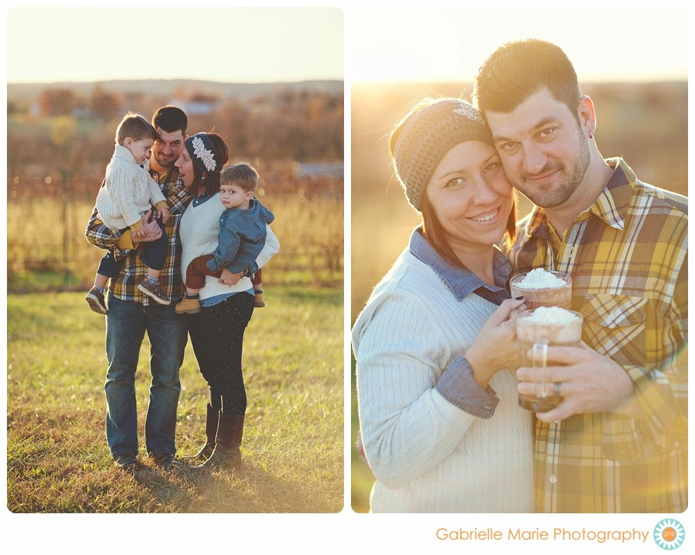 What to Wear for family portraits - layers, textures, and patters make photos fun and interesting