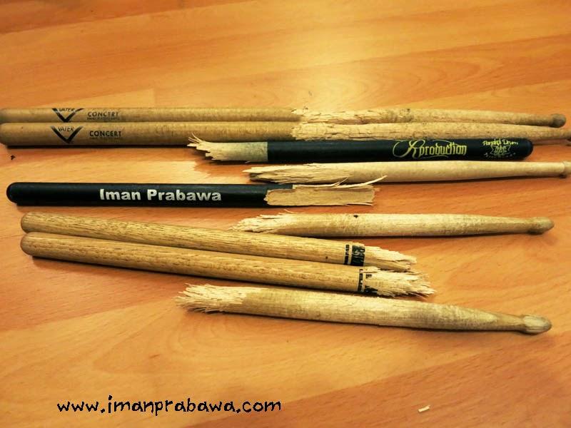 Cara Memegang Stick Drum Dengan Baik