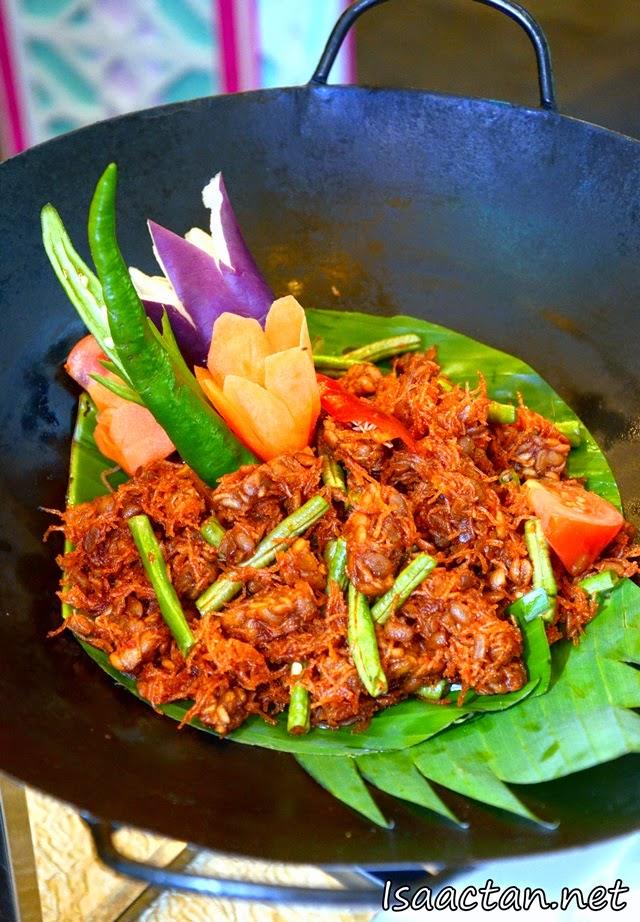 Rendang with Kacang Panjang