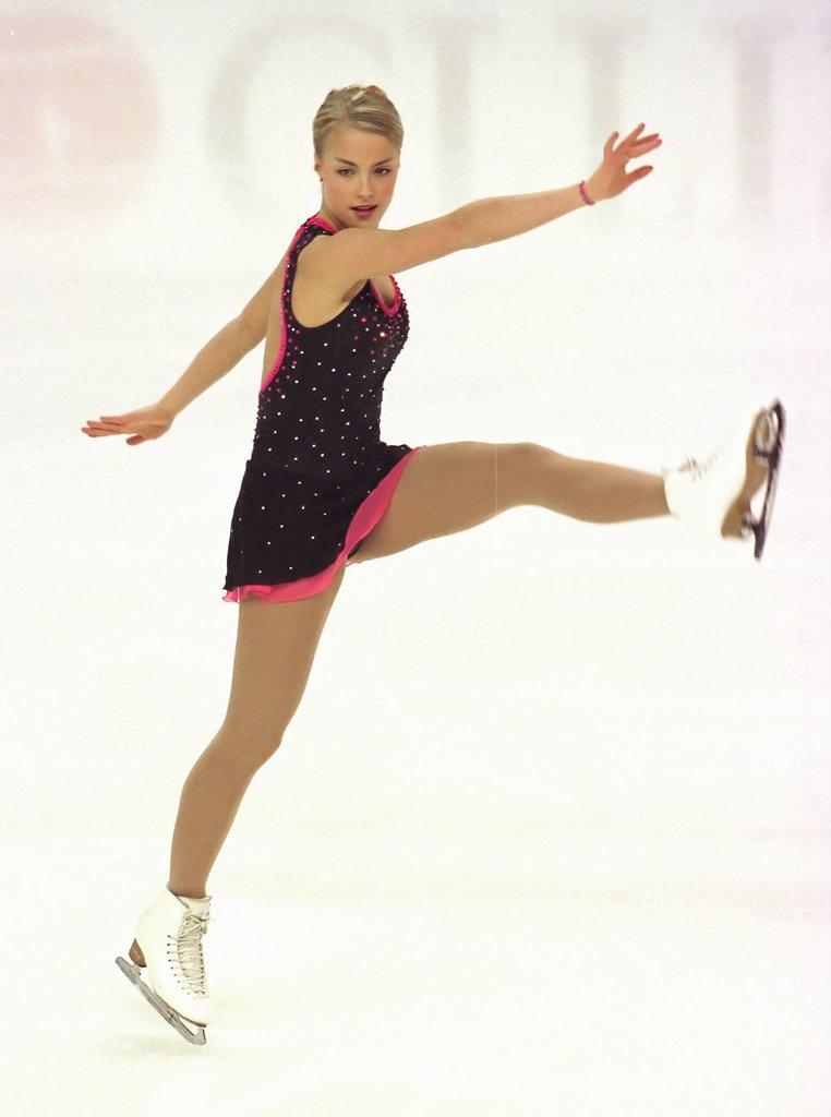 Kiira Korpi – Sexy Finnish figure skater | MR.SPORT