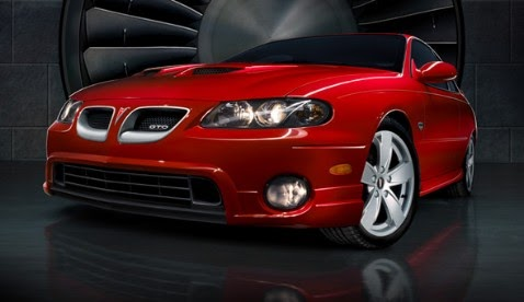 the hottest muscle cars in the world pontiac gto 2005 2006 top 10 modern muscle cars. Black Bedroom Furniture Sets. Home Design Ideas