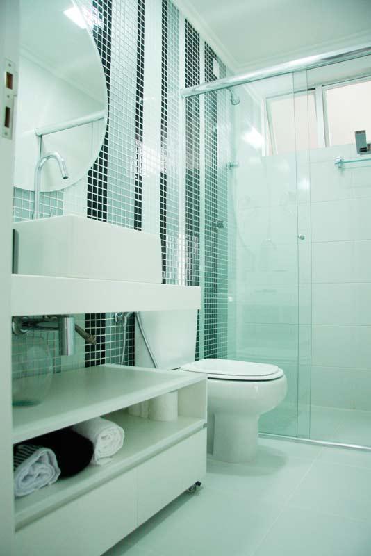decoracao de interiores de banheiros pequenos:11-apartamentos-pequenos-projetos-de-profissionais-de-casapro.jpg