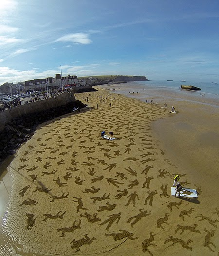 D-Day Beach Art Seen On www.coolpicturegallery.us