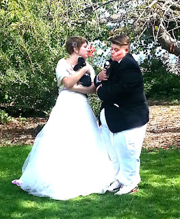Dede and Leah with Beagle puppies - Patricia Stimac, Seattle Wedding Officiant