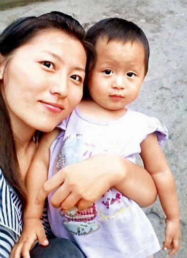2 year old Wang Yue died October 21, 2011