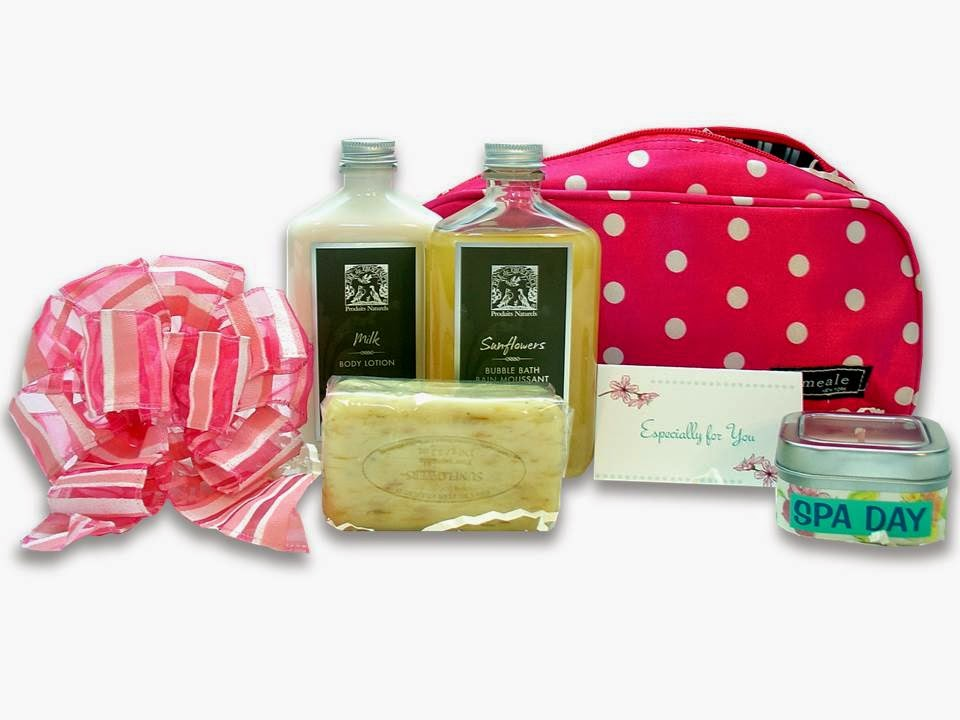 Pamper Me Pink Spa Gift Set