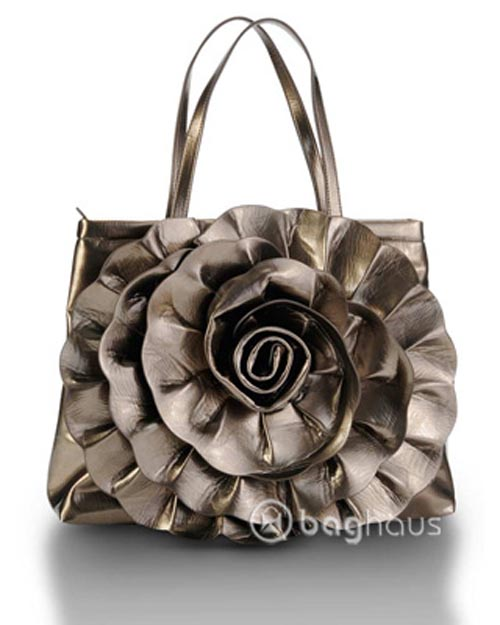 Romantic Hand Bags With Flowers Motif