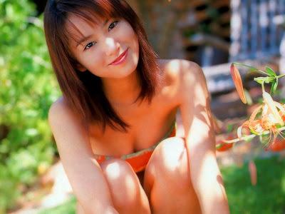 Japanese Actress Yui Ichikawa Wallpaper