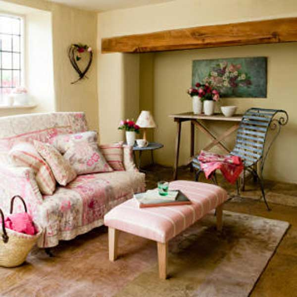 Old english country home interior design ideas for Country family room decorating ideas