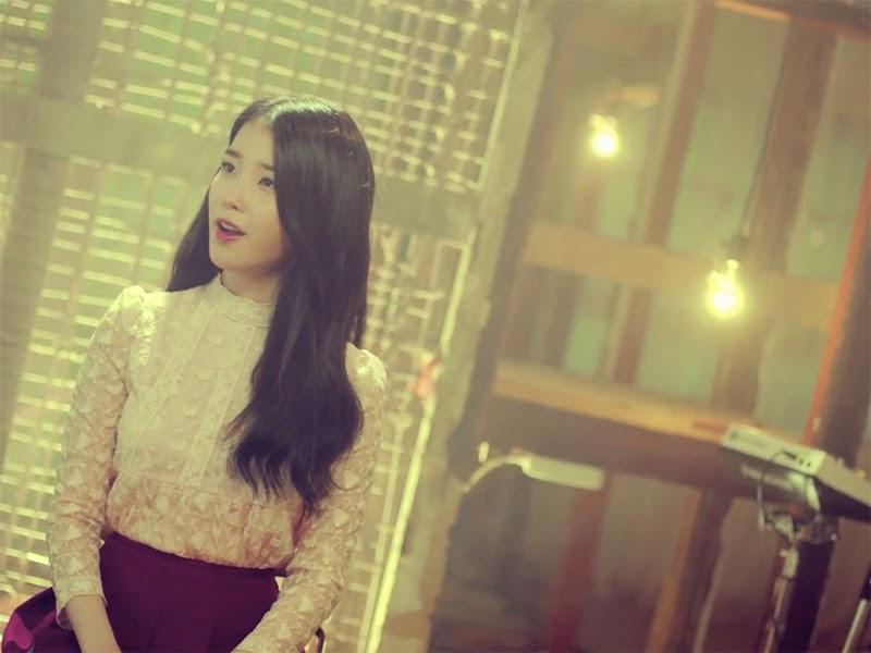 """IU and Seo Taiji - """"Sogyeokdong"""""""