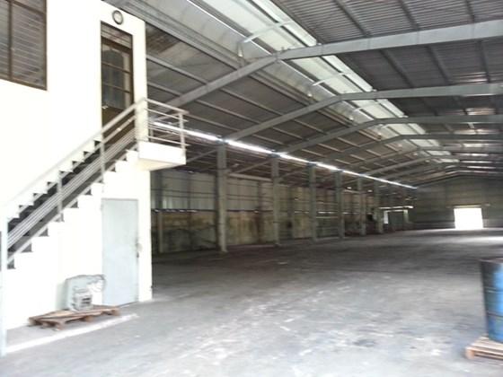Cho thuê nhà xưởng diện tích 1300m2 giá 55tr/th trong Cụm Công Nghiệp Hiệp Thành Q12