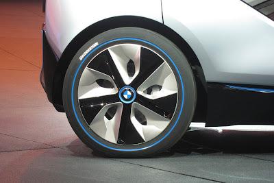 10 bmw i3 i8 live 1 BMW i3 & i8, Konsep Mobil Listrik Masa Depan