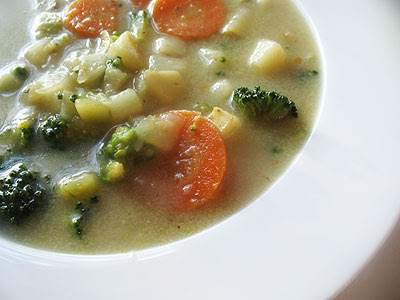 Curry-Laced Potato, Carrot and Broccoli Soup