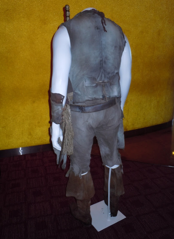 Pirates of the Caribbean 4 Zombie Quartermaster costume back