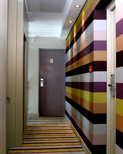 Through The French Eye Of Design What To Do With A Long Hall