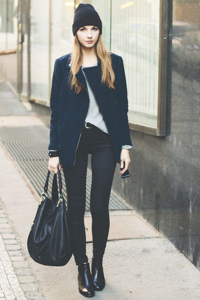 Styleoholic - 21 Cool Men Outfit Ideas With Chelsea Boots. Looking cool: He cut a casual figure in black skinny jeans and brown Chelsea boots, toting his skateboard in one hand to carry on to the flight BlackJeans BrownBoots BlackJacket WhiteTee. Find this Pin and more on couture by Shane Cross.