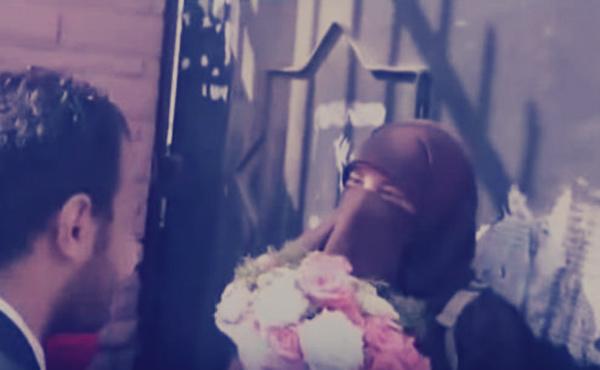 طالبة منتقبة تحرج شابًا تقدم لخطبتها في جامعة الأزهر: رد فعلها كان صادمًا