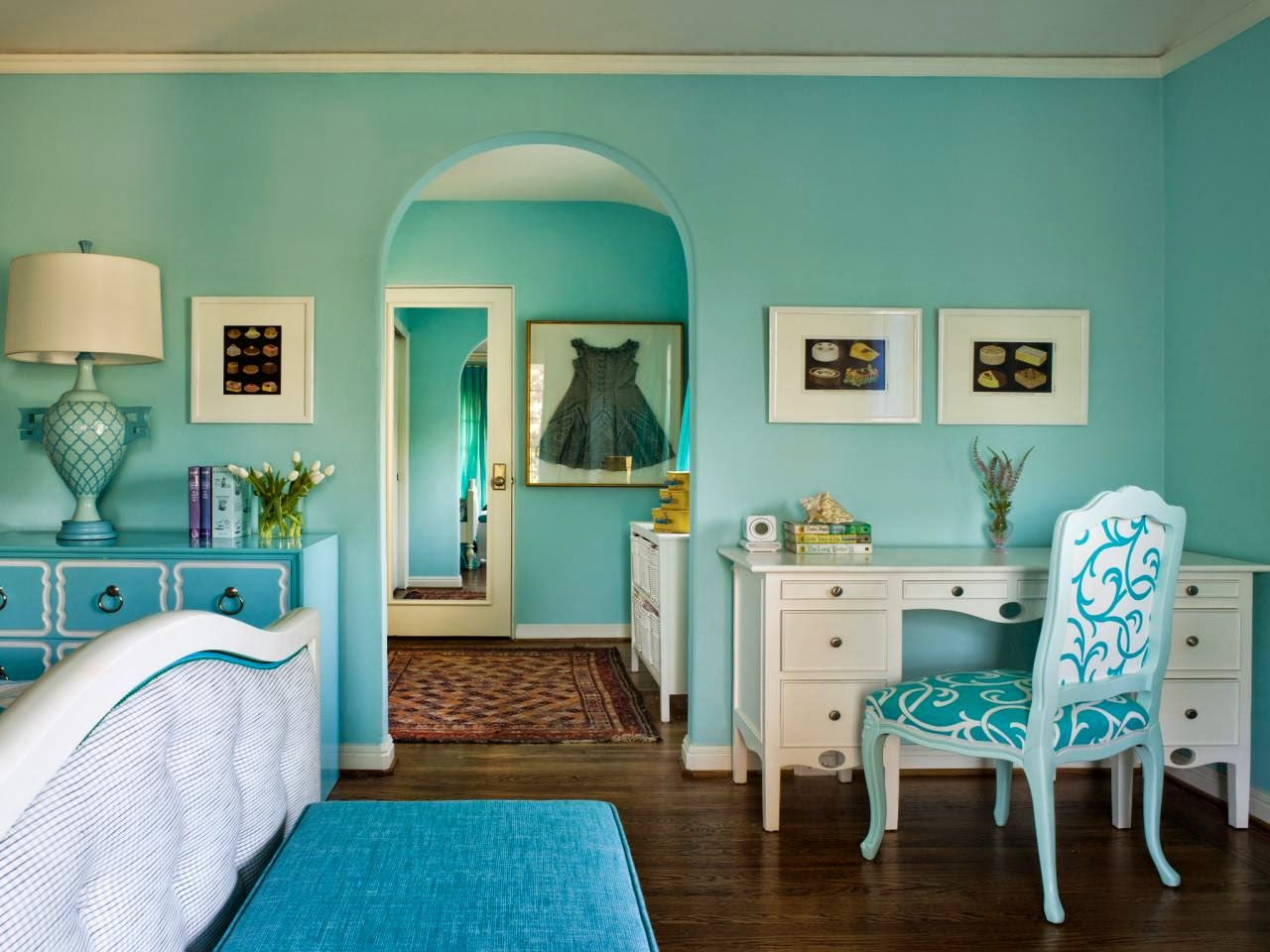 Delightful light blue teenage girls bedroom design ideas for Blue teenage bedroom ideas