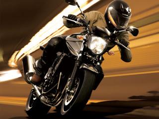 Suzuki Bandit download besplatne pozadine slike za mobitele
