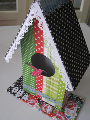 Casita para pájaros scrapbooking. Tutorial casita para pájaros scrapbooking. Birdhouse DIY.  Tutoriel nichoir