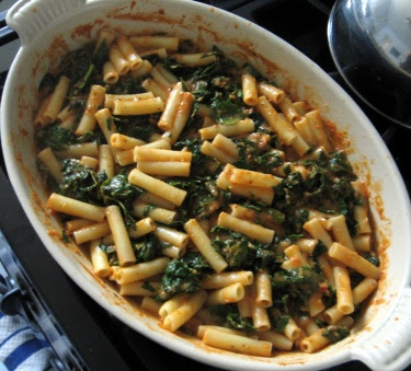 Pasta fagioli gratin with kale