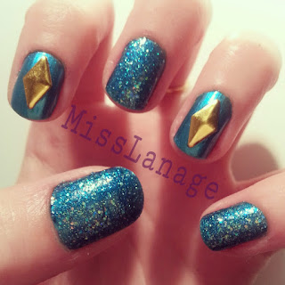 sinful-colors-teal-glitter-gold-stud-manicure