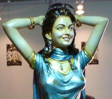 Aishwarya Rai Statue Photos