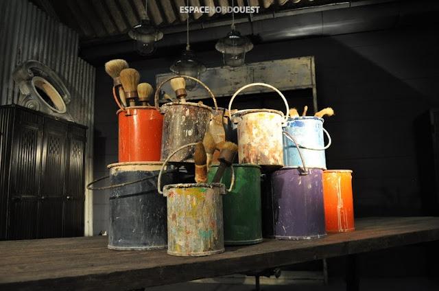 metal paint buckets
