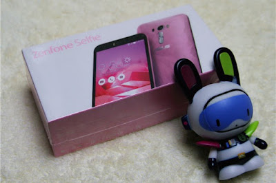 Asus Zenfone Selfie Limited Edition dengan RAM 3GB dan Crystal Back Cover