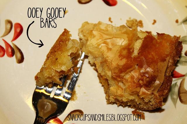 Oooey Gooey Bars #creamcheese #cakemix #recipes #desserts