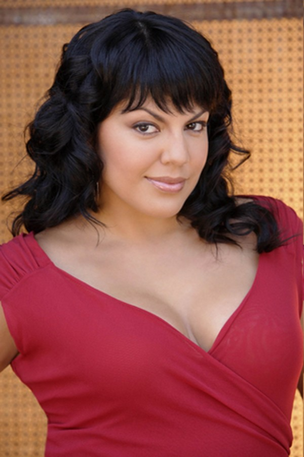 Sara Ramirez Hot Photos | A Breaking News, World News, 24