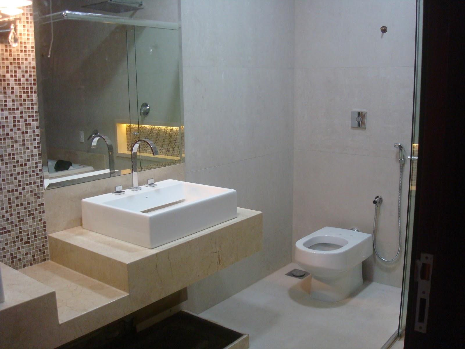 Construindo um Castelinho: Banheiro Crema Marfil #8C6A3F 1600x1200 Bancada Banheiro Crema Marfil