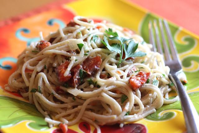 Smoked Salmon Pasta Salad Smoked salmon pasta with pine