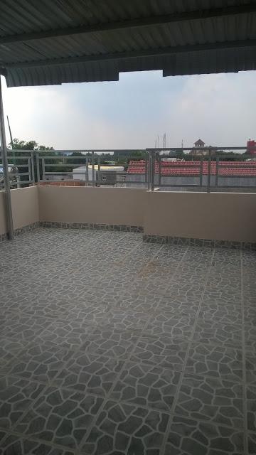 Sân thượng rộng rãi