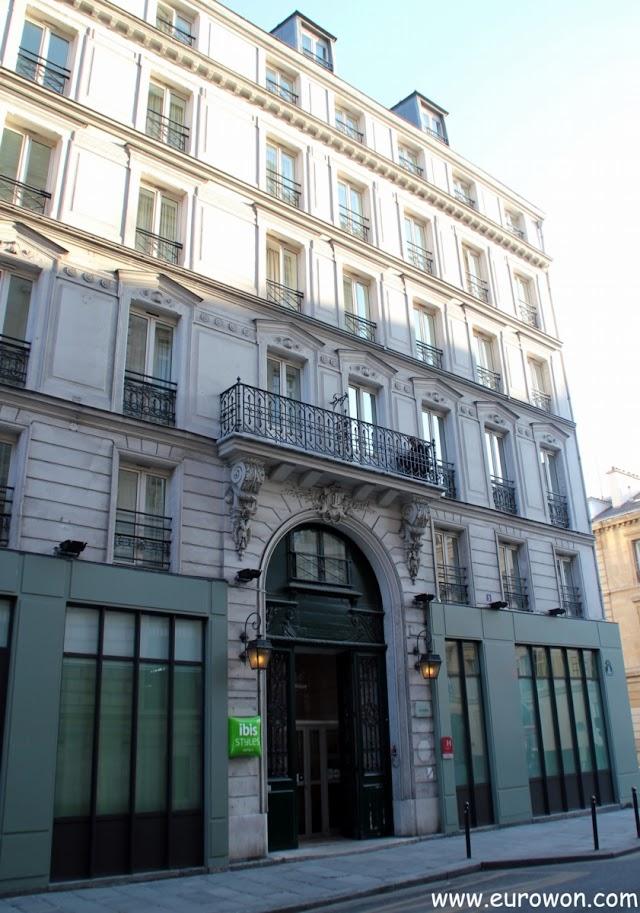 Hotel Ibis Styles Republique de París