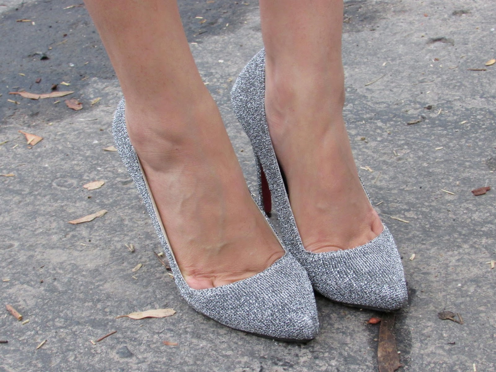 Silver, silver shoes, silver heels, sliver sandals, heels, sandals, glitter shoes, shoe cleavage , foot cleavage , Cinderella, Cinderella shoes, Cinderella heels, Cinderella silver shoes, summer footwear, summer sandals, summer heels, summer trends , white dress, summer dress, floral dress, red lips, boho hairstyle, boho hair bun, boho bun, hair bun, braids, Statement necklace, necklace, statement necklaces, big necklace, heavy necklaces , gold necklace, silver necklace, silver statement necklace, gold statement necklace, studded statement necklace , studded necklace, stone studded necklace, stone necklace, stove studded statement necklace, stone statement necklace, stone studded gold statement necklace, stone studded silver statement necklace, black stone necklace, black stone studded statement necklace, black stone necklace, black stone statement necklace, neon statement necklace, neon stone statement necklace, black and silver necklace, black and gold necklace, blank and silver statement necklace, black and gold statement necklace, silver jewellery, gold jewellery, stove jewellery, stone studded jewellery, imitation jewellery, artificial jewellery, junk jewellery, cheap jewellery ,banggood Statement necklace, banggood necklace, banggood statement necklaces,banggood big necklace, banggood heavy necklaces , banggood gold necklace, banggood silver necklace,  banggood statement necklace,banggood gold statement necklace,banggood studded statement necklace , banggood studded necklace, banggood stone studded necklace, banggood stone necklace, banggood stove studded statement necklace, banggood stone statement necklace, banggood stone studded gold statement necklace, banggood stone studded silver statement necklace, banggood black stone necklace, banggood black stone studded statement necklace, banggood black stone necklace, banggood black stone statement necklace, banggood neon statement necklace, banggood neon stone statement necklace, banggood black and silver necklace, banggood black and gold necklace, banggood black  and silver statement necklace, banggood black and gold statement necklace, silver jewellery, banggood gold jewellery, banggood stove jewellery, banggood stone studded jewellery, banggood imitation jewellery, banggood artificial jewellery, banggood junk jewellery, blackfive cheap jewellery ,Cheap Statement necklace, Cheap necklace, Cheap statement necklaces,Cheap big necklace, Cheap heavy necklaces , Cheap gold necklace, Cheap silver necklace, Cheap silver statement necklace,Cheap gold statement necklace, Cheap studded statement necklace , Cheap studded necklace, Cheap stone studded necklace, Cheap stone necklace, Cheap stove studded statement necklace, Cheap stone statement necklace, Cheap stone studded gold statement necklace, Cheap stone studded silver statement necklace, Cheap black stone necklace, Cheap black stone studded statement necklace, Cheap black stone necklace, Cheap black stone statement necklace, Cheap neon statement necklace, Cheap neon stone statement necklace, Cheap black and silver necklace, Cheap black and gold necklace, Cheap black  and silver statement necklace, Cheap black and gold statement necklace, silver jewellery, Cheap gold jewellery, Cheap stove jewellery, Cheap stone studded jewellery, Cheap imitation jewellery, Cheap artificial jewellery, Cheap junk jewellery, Cheap cheap jewellery , Black pullover, black and grey pullover, black and white pullover, back cutout, back cutout pullover, back cutout sweater, back cutout jacket, back cutout top, back cutout tee, back cutout tee shirt, back cutout shirt, back cutout dress, back cutout trend, back cutout summer dress, back cutout spring dress, back cutout winter dress, High low pullover, High low sweater, High low jacket, High low top, High low tee, High low tee shirt, High low shirt, High low dress, High low trend, High low summer dress, High low spring dress, High low winter dress,banggood Black pullover, banggood black and grey pullover, banggood black and white pullover, banggood back cutout, banggood back cutout pullover, banggood back cutout sweater, banggood back cutout jacket, banggood back cutout top, banggood back cutout tee, shopclues back cutout tee shirt, banggood back cutout shirt, banggood back cutout dress, banggood back cutout trend, banggood back cutout summer dress, banggood back cutout spring dress, banggood back cutout winter dress, banggood High low pullover, banggood High low sweater, banggood High low jacket, ocrun High low top, banggood High low tee, ocrun High low tee shirt, banggood High low shirt, banggood High low dress, banggood High low trend, banggood High low summer dress, banggood High low spring dress, banggood High low winter dress, Cropped, cropped tee,cropped tee shirt , cropped shirt, cropped sweater, cropped pullover, cropped cardigan, cropped top, cropped tank top, Cheap Cropped, cheap cropped tee,cheap cropped tee shirt ,cheap  cropped shirt, cheap cropped sweater, cheap cropped pullover, cheap cropped cardigan,cheap  cropped top, cheap cropped tank top,banggood Cropped, banggood cropped tee, banggood cropped tee shirt , banggood cropped shirt, banggood cropped sweater, banggood cropped pullover, banggood cropped cardigan, banggood cropped top, banggood cropped  top, Winter Cropped, winter cropped tee, winter cropped tee shirt , winter cropped shirt, winter cropped sweater, winter cropped pullover, winter cropped cardigan, winter cropped top, winter cropped tank top,Leggings, winter leggings, warm leggings, winter warm leggings, fall leggings, fall warm leggings, tights, warm tights, winter tights, winter warm tights, fall tights, fall warm tights,banggood leggings, banggood tights, warm warm leggings, banggood warm tights, banggood winter warm tights, banggood fall warm tights, woollen tights , woollen leggings, shopclues woollen tights, banggood woollen leggings, woollen bottoms, banggood woollen bottoms, banggood woollen pants , woollen pants,  Christmas , Christmas leggings, Christmas tights, shopclues Christmas, shopclues Christmas clothes, clothes for Christmas , shopclues Christmas leggings, shopclues Christmas tights, shopclues warm Christmas leggings, shopclues warm Christmas  tights, shopclues snowflake leggings, snowflake leggings, snowflake tights, shopclues rain deer tights, shopclues rain deer leggings, ugly Christmas sweater, Christmas tree, Christmas clothes, Santa clause,Wishlist, clothes wishlist, banggood wishlist, banggood, banggood.net, banggood wishlist, autumn wishlist,banggood ocrun wishlist, banggood.comautumn clothes wishlist, autumn shoes wishlist, autumn bags wishlist, autumn boots wishlist, autumn pullovers wishlist, autumn cardigans wishlist, autymn coats wishlist, banggood clothes wishlist, banggood bags wishlist, banggood bags wishlist, banggood boots wishlist, banggood pullover wishlist, banggood cardigans wishlist, banggood autum clothes wishlist,winter clothes, wibter clothes wishlist, winter wishlist, wibter pullover wishlist, winter bags wishlist, winter boots wishlist, winter cardigans wishlist, winter leggings wishlist, banggood winter clothes, banggood autumn clothes, banggood winter collection, banggood autumn collection,Cheap clothes online,cheap dresses online, cheap jumpsuites online, cheap leggings online, cheap shoes online, cheap wedges online , cheap skirts online, cheap jewellery online, cheap jackets online, cheap jeans online, cheap maxi online, cheap makeup online, cheap cardigans online, cheap accessories online, cheap coats online,cheap brushes online,cheap tops online, chines clothes online, Chinese clothes,Chinese jewellery ,Chinese jewellery online,Chinese heels online,Chinese electronics online,Chinese garments,Chinese garments online,Chinese products,Chinese products online,Chinese accessories online,Chinese inline clothing shop,Chinese online shop,Chinese online shoes shop,Chinese online jewellery shop,Chinese cheap clothes online,Chinese  clothes shop online, korean online shop,korean garments,korean makeup,korean makeup shop,korean makeup online,korean online clothes,korean online shop,korean clothes shop online,korean dresses online,korean dresses online,cheap Chinese clothes,cheap korean clothes,cheap Chinese makeup,cheap korean makeup,cheap korean shopping ,cheap Chinese shopping,cheap Chinese online shopping,cheap korean online shopping,cheap Chinese shopping website,cheap korean shopping website, cheap online shopping,online shopping,how to shop online ,how to shop clothes online,how to shop shoes online,how to shop jewellery online,how to shop mens clothes online, mens shopping online,boys shopping online,boys jewellery online,mens online shopping,mens online shopping website,best Chinese shopping website, Chinese online shopping website for men,best online shopping website for women,best korean online shopping,best korean online shopping website,korean fashion,korean fashion for women,korean fashion for men,korean fashion for girls,korean fashion for boys,best chinese online shopping,best chinese shopping website,best chinese online shopping website,wholesale chinese shopping website,wholesale shopping website,chinese wholesale shopping online,chinese wholesale shopping, chinese online shopping on wholesale prices, clothes on wholesale prices,cholthes on wholesake prices,clothes online on wholesales prices,online shopping, online clothes shopping, online jewelry shopping,how to shop online, how to shop clothes online, how to shop earrings online, how to shop,skirts online, dresses online,jeans online, shorts online, tops online, blouses online,shop tops online, shop blouses online, shop skirts online, shop dresses online, shop botoms online, shop summer dresses online, shop bracelets online, shop earrings online, shop necklace online, shop rings online, shop highy low skirts online, shop sexy dresses onle, men's clothes online, men's shirts online,men's jeans online, mens.s jackets online, mens sweaters online, mens clothes, winter coats online, sweaters online, cardigens online,beauty , fashion,beauty and fashion,beauty blog, fashion blog , indian beauty blog,indian fashion blog, beauty and fashion blog, indian beauty and fashion blog, indian bloggers, indian beauty bloggers, indian fashion bloggers,indian bloggers online, top 10 indian bloggers, top indian bloggers,top 10 fashion bloggers, indian bloggers on blogspot,home remedies, how to,banggood online shopping,banggood online shopping review,banggood.com review,banggood online clothing store,banggood online chinese store,banggood online shopping,banggood site review,banggood.com site review, banggood Chines fashion, banggood , banggood.com, ocrun clothing, banggood dresses, banggood shoes, banggood accessories,banggood men cloths ,banggood makeup, ocrun helth products,banggood Chinese online shopping, banggood Chinese store, banggood online chinese shopping, banggood lchinese shopping online,banggood, banggood dresses, banggood clothes, banggood garments, banggood clothes, banggood skirts, banggood pants, ocrun tops, banggood cardigans, banggood leggings, banggood fashion , banggood clothes fashion, banggood footwear, banggood fashion footwear, banggood jewellery, ocrun fashion jewellery, banggood rings, ocrun necklace, banggood bracelets, banggood earings,Autumn, fashion, banggood, wishlist,Winter,fall, fall abd winter, winter clothes , fall clothes, fall and winter clothes, fall jacket, winter jacket, fall and winter jacket, fall blazer, winter blazer, fall and winter blazer, fall coat , winter coat, falland winter coat, fall coverup, winter coverup, fall and winter coverup, outerwear, coat , jacket, blazer, fall outerwear, winter outerwear, fall and winter outerwear, woolen clothes, wollen coat, woolen blazer, woolen jacket, woolen outerwear, warm outerwear, warm jacket, warm coat, warm blazer, warm sweater, coat , white coat, white blazer, white coat, white woolen blazer, white coverup, white woolens, banggood online shopping review,banggood.com review,banggood online clothing store,banggood online chinese store,banggood online shopping,banggood site review, banggood.com site review, banggood Chines fashion, banggood , banggood.com, banggood clothing, ocrun dresses, banggood shoes, banggood accessories,banggood men cloths ,banggood makeup, ocrun helth products,banggood Chinese online shopping, banggood Chinese store, banggood online chinese shopping, banggood chinese shopping online,banggood, ocrun dresses, banggood clothes, ocrun garments, banggood clothes, blackfive skirts, banggood pants, banggood tops, banggood cardigans, banggood leggings, banggood fashion , banggood clothes fashion, banggood footwear, banggood fashion footwear, banggood jewellery, banggood fashion jewellery, banggood rings, banggood necklace, ocrun bracelets, banggood earings,latest fashion trends online, online shopping, online shopping in india, online shopping in india from america, best online shopping store , best fashion clothing store, best online fashion clothing store, best online jewellery store, best online footwear store, best online store, beat online store for clothes, best online store for footwear, best online store for jewellery, best online store for dresses, worldwide shipping free, free shipping worldwide, online store with free shipping worldwide,best online store with worldwide shipping free,low shipping cost, low shipping cost for shipping to india, low shipping cost for shipping to asia, low shipping cost for shipping to korea,Friendship day , friendship's day, happy friendship's day, friendship day outfit, friendship's day outfit, how to wear floral shorts, floral shorts, styling floral shorts, how to style floral shorts, how to wear shorts, how to style shorts, how to style style denim shorts, how to wear denim shorts,how to wear printed shorts, how to style printed shorts, printed shorts, denim shorts, how to style black shorts, how to wear black shorts, how to wear black shorts with black T-shirts, how to wear black T-shirt, how to style a black T-shirt, how to wear a plain black T-shirt, how to style black T-shirt,how to wear shorts and T-shirt, what to wear with floral shorts, what to wear with black floral shorts,how to wear all black outfit, what to wear on friendship day, what to wear on a date, what to wear on a lunch date, what to wear on lunch, what to wear to a friends house, what to wear on a friends get together, what to wear on friends coffee date , what to wear for coffee,beauty,Pink, pink pullover, pink sweater, pink jumpsuit, pink sweatshirt, neon pink, neon pink sweater, neon pink pullover, neon pink jumpsuit , neon pink cardigan, cardigan , pink cardigan, sweater, jumper, jumpsuit, pink jumper, neon pink jumper, pink jacket, neon pink jacket, winter clothes, oversized coat, oversized winter clothes, oversized pink coat, oversized coat, oversized jacket, banggood pink, banggood pink sweater, banggood pink jacket, banggood pink cardigan, banggood pink coat, banggood pink jumper, banggood neon pink, banggood neon pink jacket, banggood neon pink coat, banggood neon pink sweater, banggood neon pink jumper, banggood neon pink pullover, pink pullover, neon pink pullover,fur,furcoat,furjacket,furblazer,fur pullover,fur cardigan,front open fur coat,front open fur jacket,front open fur blazer,front open fur pullover,front open fur cardigan,real fur, real fur coat,real fur jacket,real fur blazer,real fur pullover,real fur cardigan, soft fur,soft fur coat,soft fur jacket,soft furblazer,soft fur pullover,sof fur cardigan, white fur,white fur coat,white fur jacket,white fur blazer, white fur pullover, white fur cardigan,trench, trench coat, trench coat online, trench coat india, trench coat online India, trench cost price, trench coat price online, trench coat online price, cheap trench coat, cheap trench coat online, cheap trench coat india, cheap trench coat online India, cheap trench coat , Chinese trench coat, Chinese coat, cheap Chinese trench coat, Korean coat, Korean trench coat, British coat, British trench coat, British trench coat online, British trench coat online, New York trench coat, New York trench coat online, cheap new your trench coat, American trench coat, American trench coat online, cheap American trench coat, low price trench coat, low price trench coat online , low price trench coat online india, low price trench coat india, banggood trench, banggood trench coat, banggood trench coat online, banggood trench coat india, banggood trench coat online India, banggood trench cost price,banggood trench coat price online, banggood trench coat online price, banggood cheap trench coat,  banggood trench coat online, banggood cheap trench coat india, banggood cheap trench coat online India, banggood cheap trench coat , banggood Chinese trench coat, ocrun Chinese coat, banggood cheap Chinese trench coat, banggood Korean coat, ocrun Korean trench coat, banggood British coat, banggood British trench coat, banggood British trench coat online, banggood British trench coat online, banggood New York trench coat, banggood New York trench coat online, banggood cheap new your trench coat, banggood American trench coat, banggood American trench coat online, banggood cheap American trench coat, banggood low price trench coat, banggood low price trench coat online , banggood low price trench coat online india, banggood low price trench coat india, how to wear trench coat, how to wear trench, how to style trench coat, how to style coats, how to style long coats, how to style winter coats, how to style winter trench coats, how to style winter long coats, how to style warm coats, how to style beige coat, how to style beige long coat, how to style beige trench coat, how to style beige coat, beige coat, beige long coat, beige long coat, beige frock coat, beige double breasted coat, double breasted coat, how to style frock coat, how to style double breasted coat, how to wear beige trench coat,how to wear beige coat, how to wear beige long coat, how to wear beige frock coat, how to wear beige double button coat, how to wear beige double breat coat, double button coat, what us trench coat, uses of trench coat, what is frock coat, uses of frock coat, what is long coat, uses of long coat, what is double breat coat, uses of double breasted coat, what is bouton up coat, uses of button up coat, what is double button coat, uses of double button coat, velvet leggings, velvet tights, velvet bottoms, embroided velvet leggings, embroided velvet tights, pattern tights, velvet pattern tights, floral tights , floral velvet tights, velvet floral tights, embroided  velvet leggings, pattern leggings , velvet pattern leggings , floral leggings , floral velvet leggings, velvet floral leggings ,eyeboxs velvet leggings, banggood velvet tights, banggood velvet bottoms,banggood embroided velvet leggings,banggood embroided velvet tights, banggood pattern tights, banggood velvet pattern tights, banggood floral tights , banggood floral velvet tights, banggood velvet floral tights, banggood embroided  velvet leggings, banggood pattern leggings , banggood velvet pattern leggings , banggood floral leggings ,banggood floral velvet leggings, banggood velvet floral leggings ,banggood studded heels, studded heels , stud heels, valentinos , valentino heels, valentine shoes, valentino studded shoes, valentino studded heels, valentino studded sandels, black valentino, valentino footwear ,shoe sale , valentino look alikes, cartoon tee , cartoon , cartoon print , cartoon pattern , cartoon shirt , cartoon top , cartoon print top , cartoon print shirt, cartoon paint shorts , cartoon print tee
