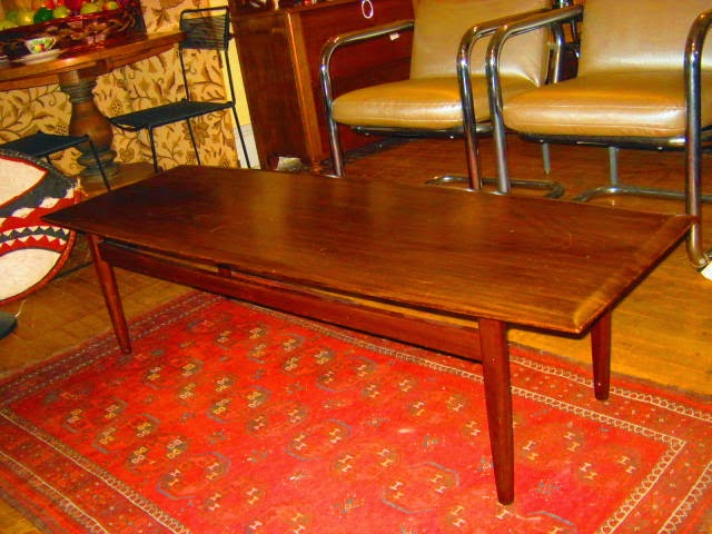Teak Coffee Table Made In Canada By The Imperial Manufacturing Company.  (1910 1983 Stratford Ontario)