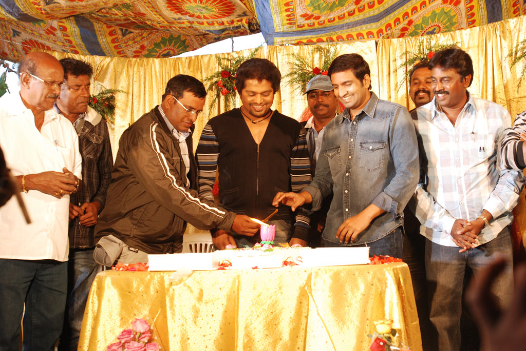 Santhanam birthday celebration photos