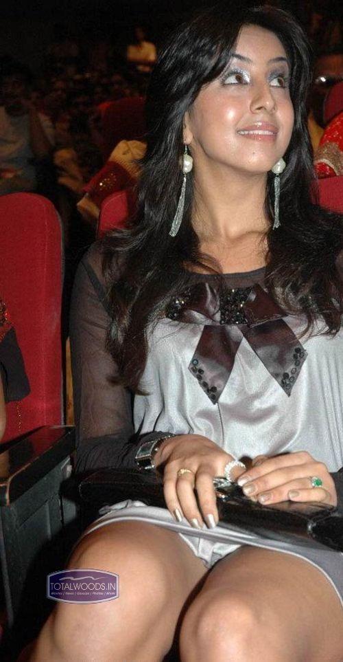 actress sanjana hot wallpapers hot stills actress sanjana hot ...