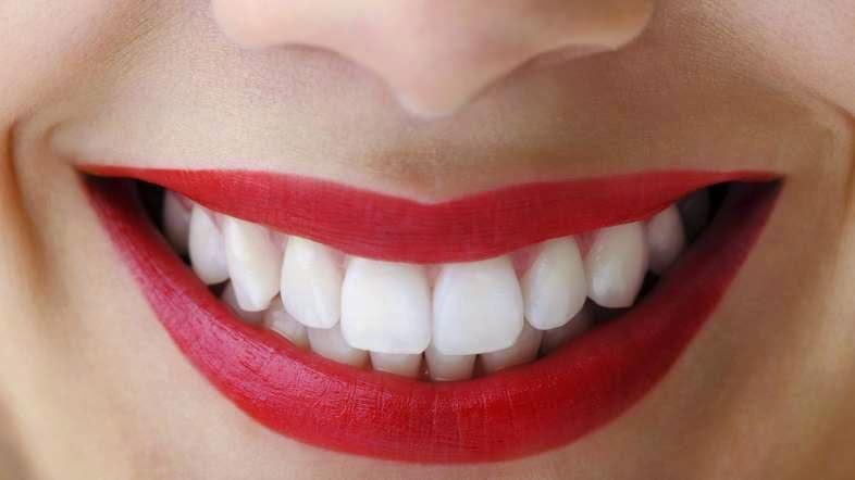 Sử dụng đúng loại kem đánh răng là một cách chăm sóc răng miệng hiệu quả