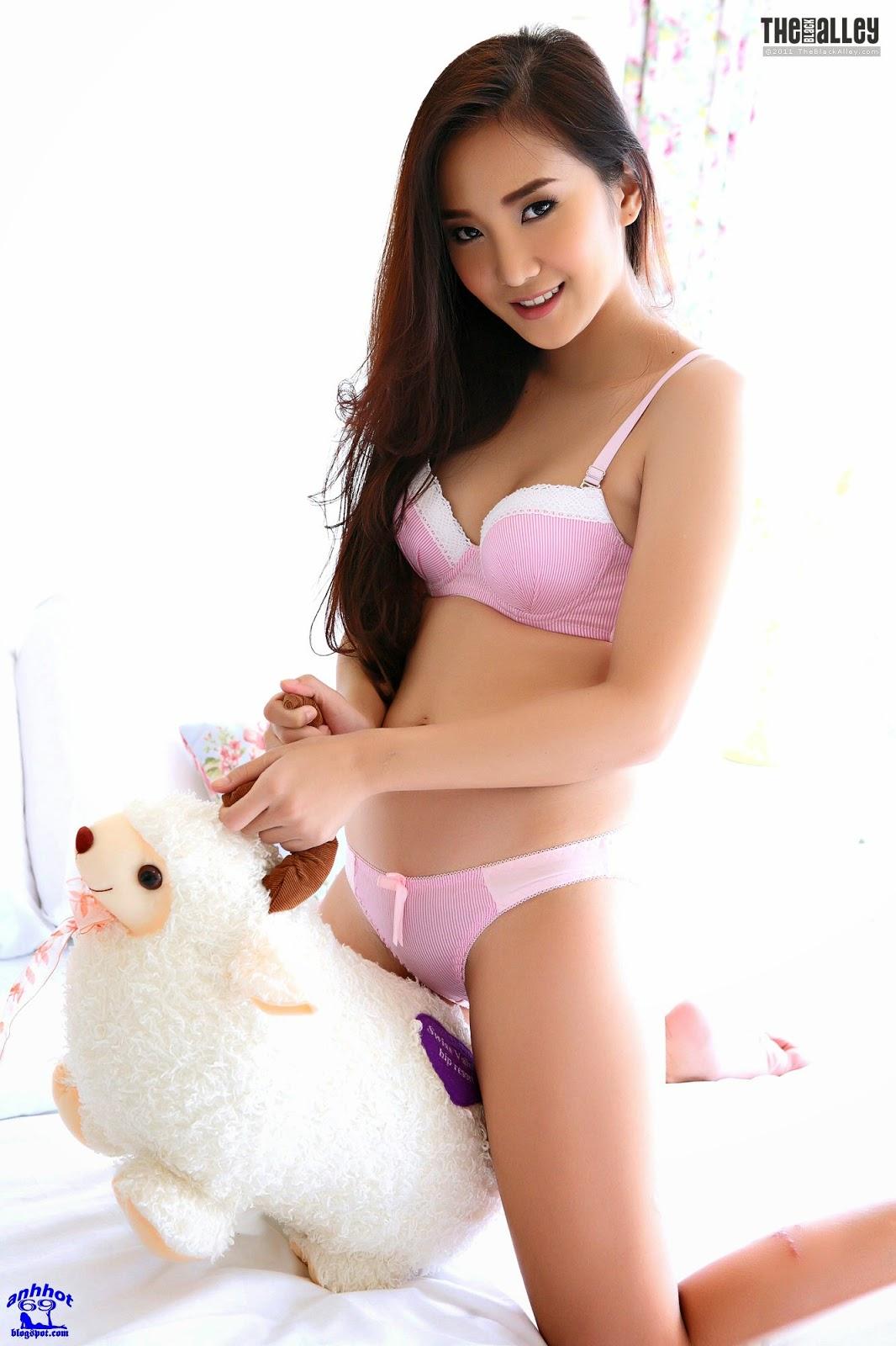 lolita-cheng-64-038