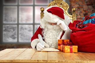 schreibender Weihnachtsmann