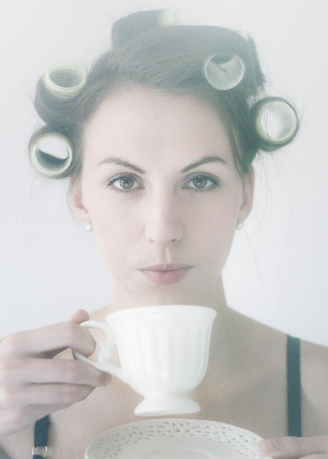"""Portret urodowy """"Dziewczyna z herbatą"""". fot. Łukasz Cyrus"""